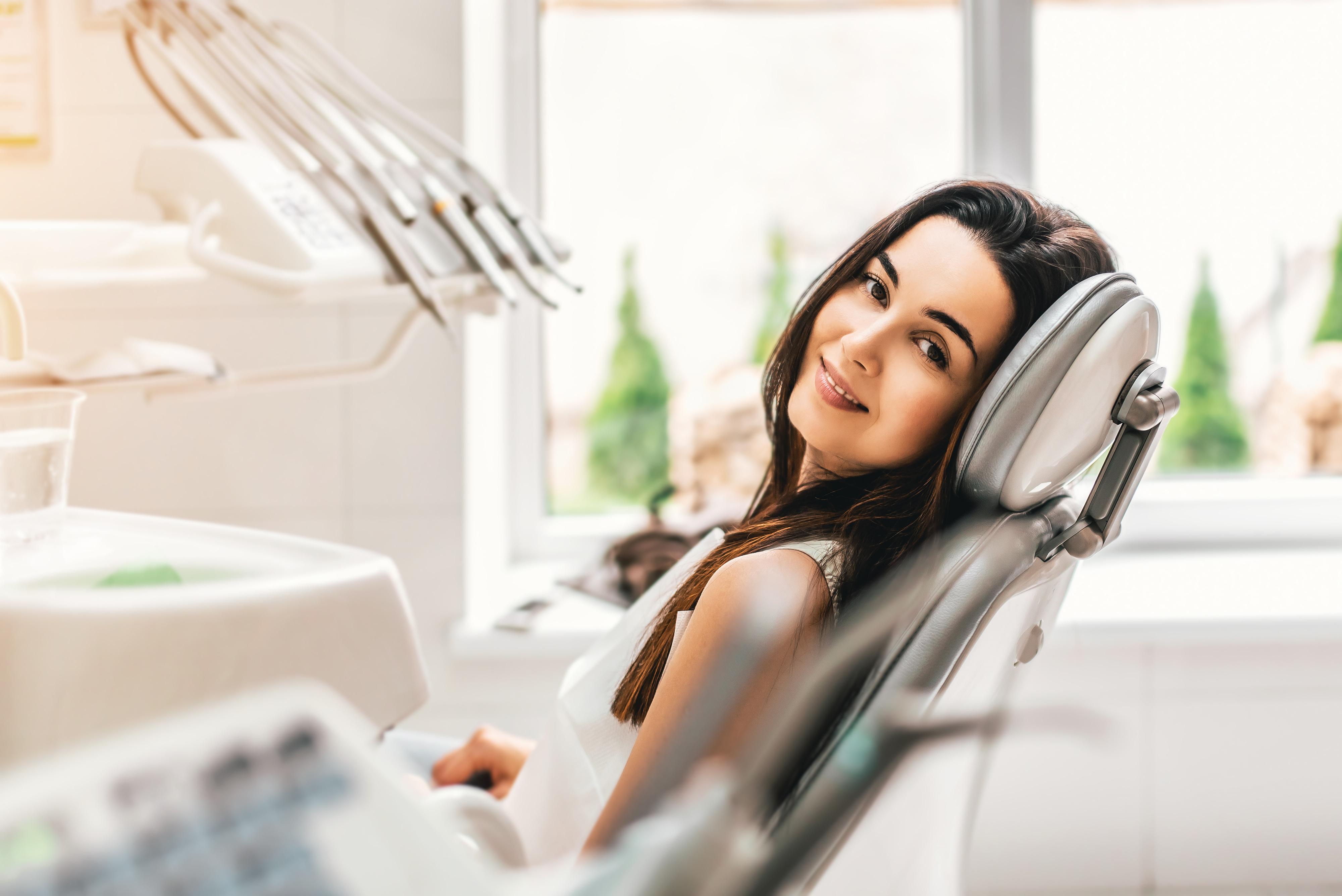 chirurgie dents de sagesse tessier breton desjardins dentistes montr al. Black Bedroom Furniture Sets. Home Design Ideas